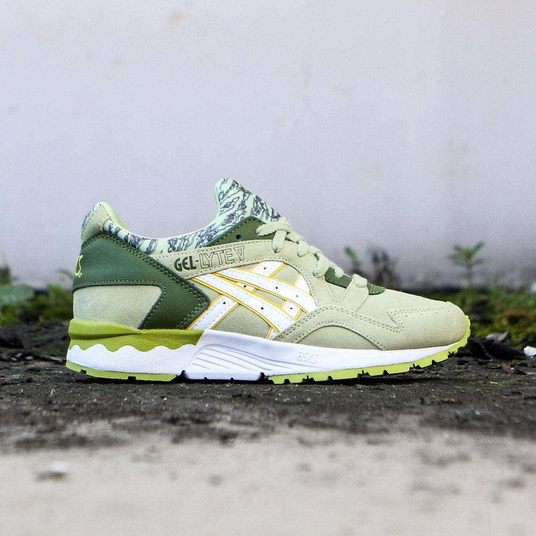 the best attitude 64ec9 d7351 Asics Tiger Women Gel-Lyte V (green / winter pear / white)