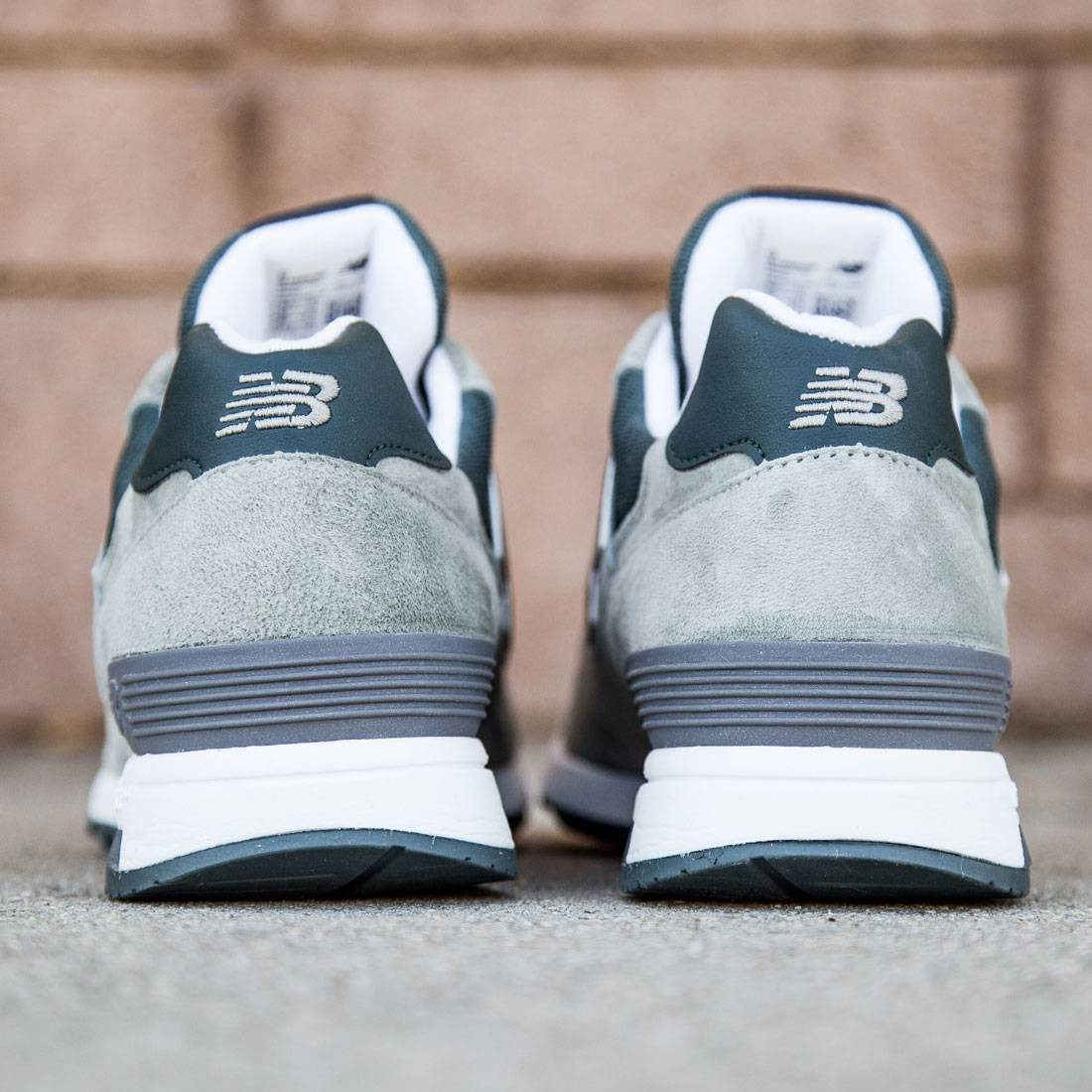 New Balance Men 1400 Age of Exploration M1400CSP - Made In USA (gray / white)