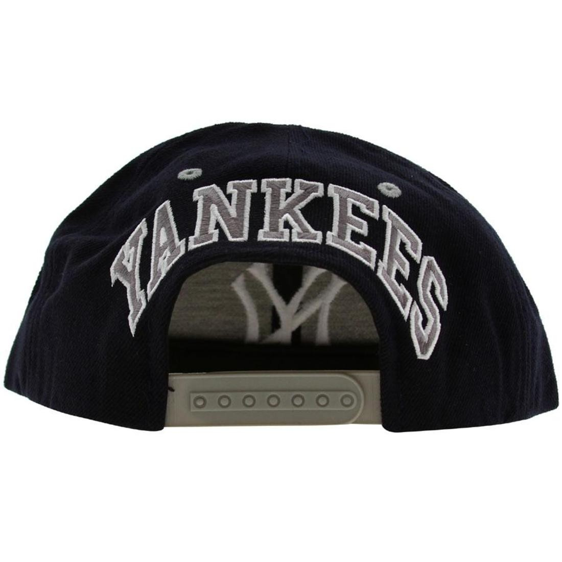 d3b3cdf1b American Needle New York Yankees Blockhead Snapback Cap (navy / grey)