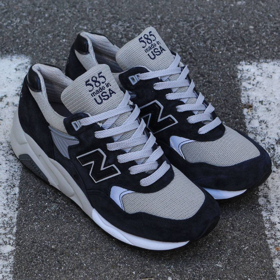 New Balance Men 585 Bringback M585BG - Made In USA (navy / grey)