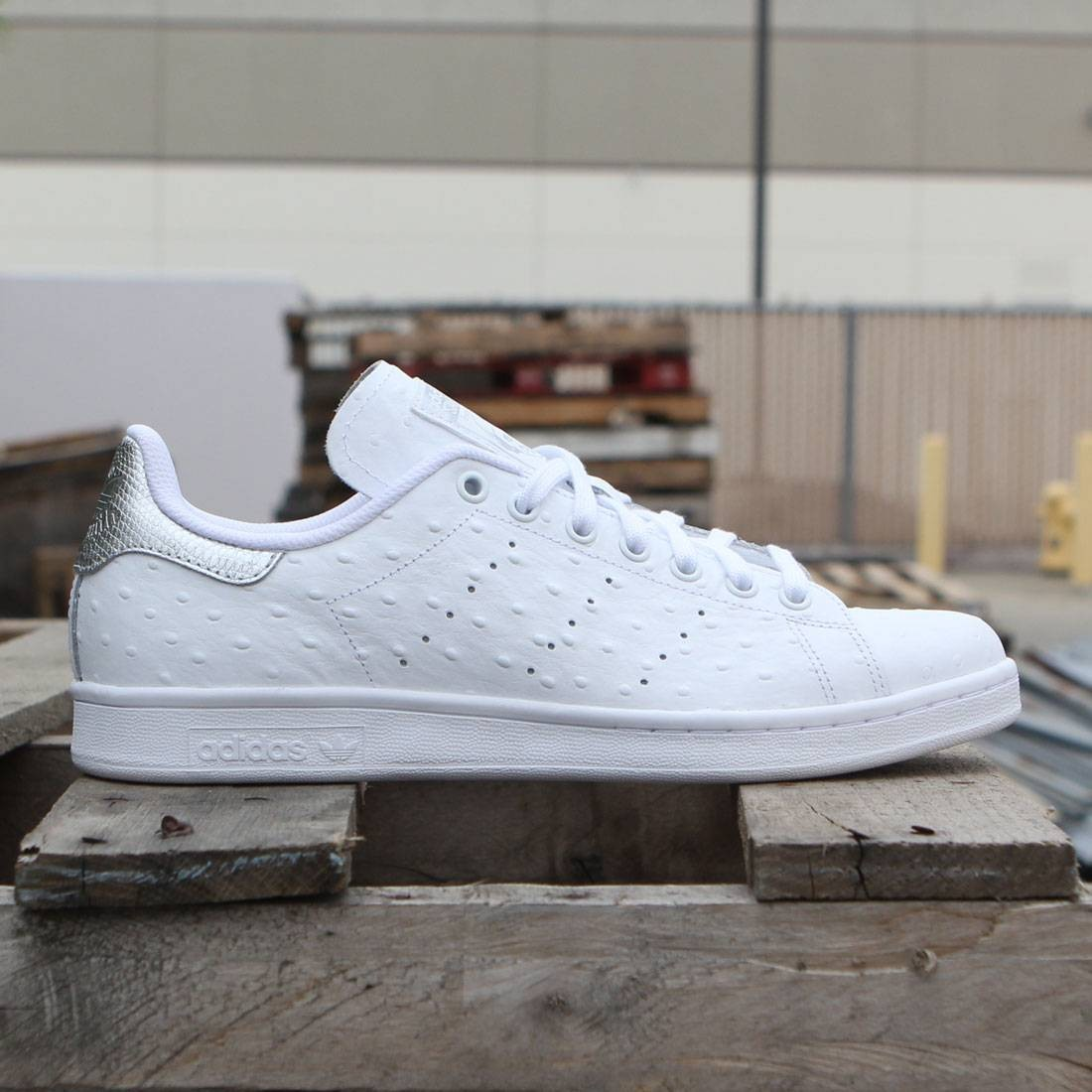 reputable site 84778 d83ec Adidas Men Stan Smith - Premium Ostrich Leather (white / silver)
