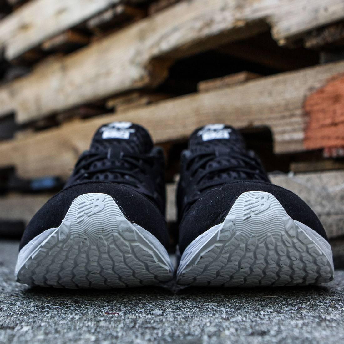New Balance Unisex: 574 Fresh Foam Breathe Black Running Shoes