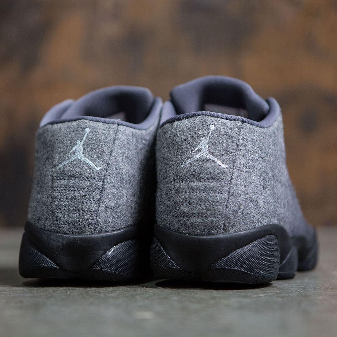 e471d9c4d93 Jordan Men Horizon Low Premium (grey / dark grey / metallic silver-black)