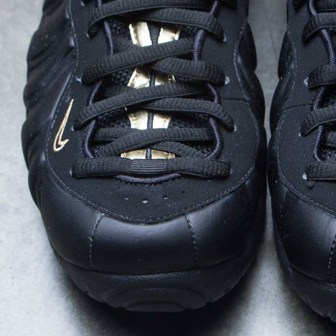 3d34f83699a Nike Men Air Foamposite Pro (black   metallic gold)