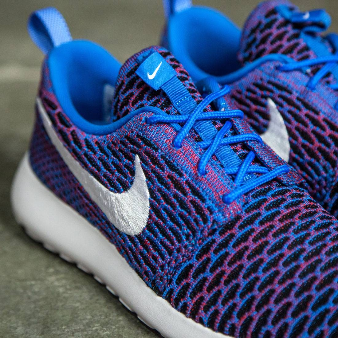 the latest 55f2f f0aad Nike Women Roshe One Flyknit Shoe (photo blue   white-university red-black)
