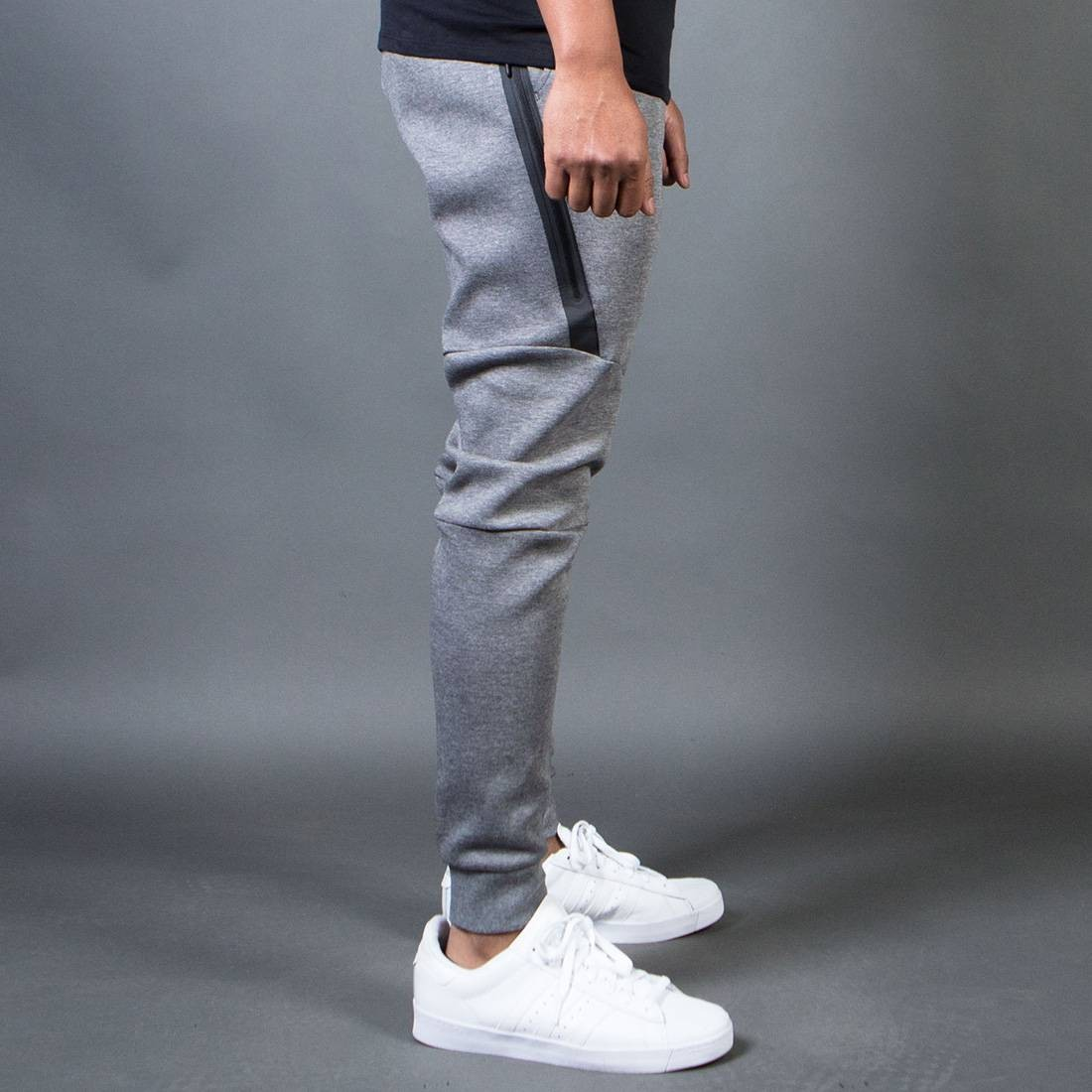 91da9fc5634b Nike Men Men S Nike Sportswear Tech Fleece Jogger (carbon heather   black)