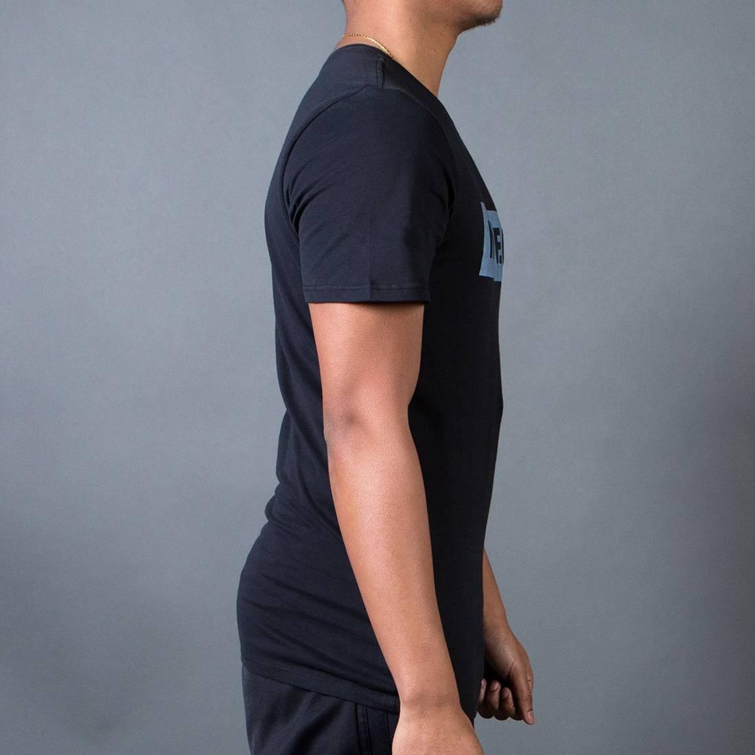 5581cb1e8 Nike Men F.C. Color Shift Block T-Shirt (black / black)