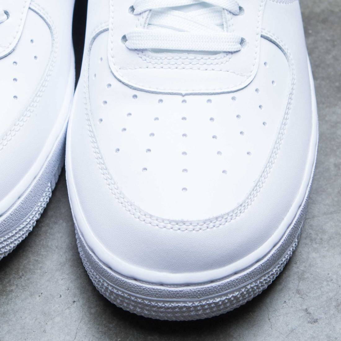 Nike Men Air Force 1 Low 07 Lv8 (white university red blue void)