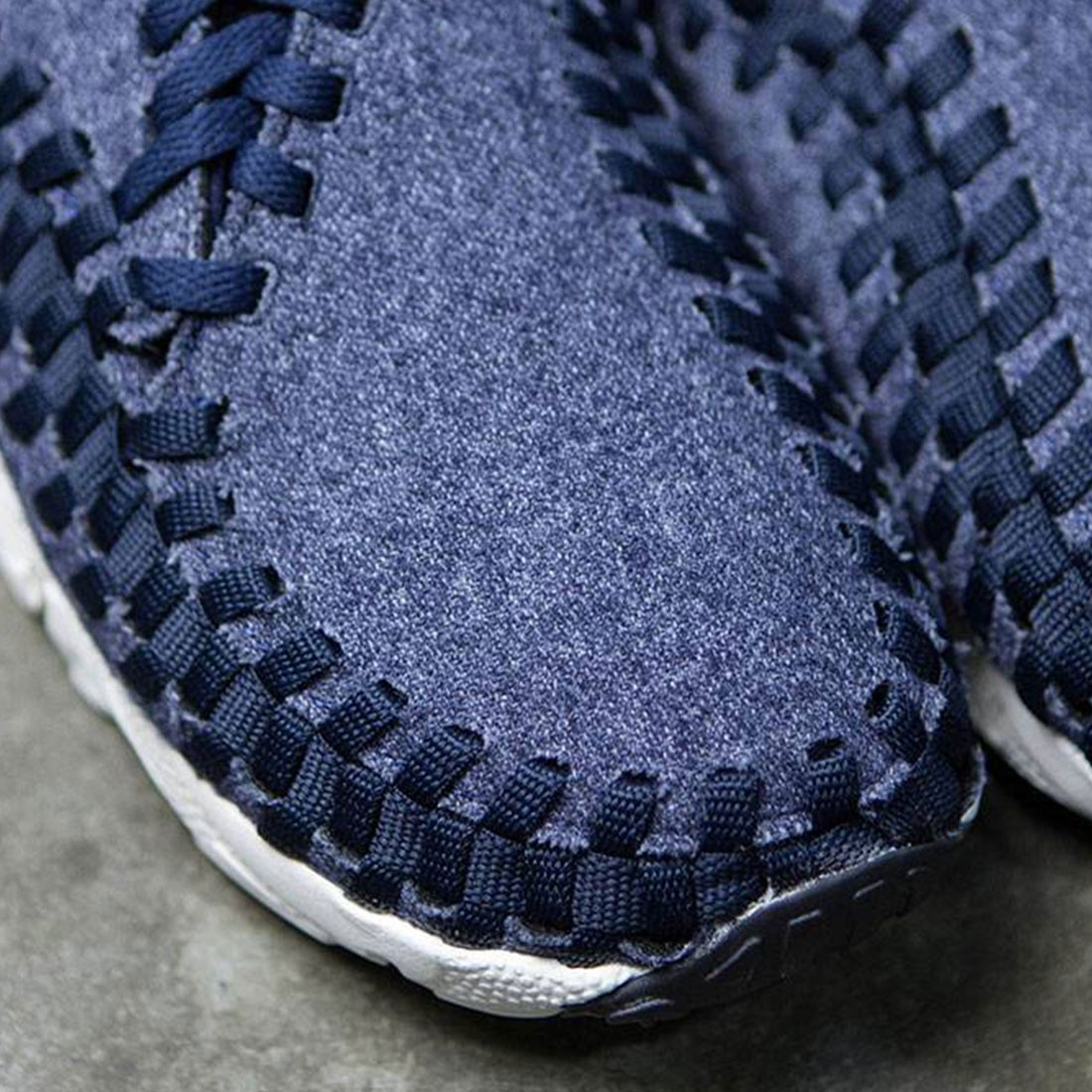 cheap for discount eec2f e5571 Nike Men Air Footscape Woven Chukka Se (obsidian   black-sail-black)
