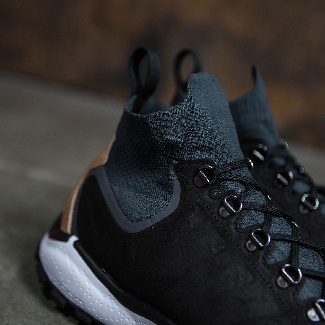 9f6c0f53ce3ec Nike Men Air Zoom Talaria Mid Flyknit Premium (anthracite   black-vachetta  tan-dark grey)