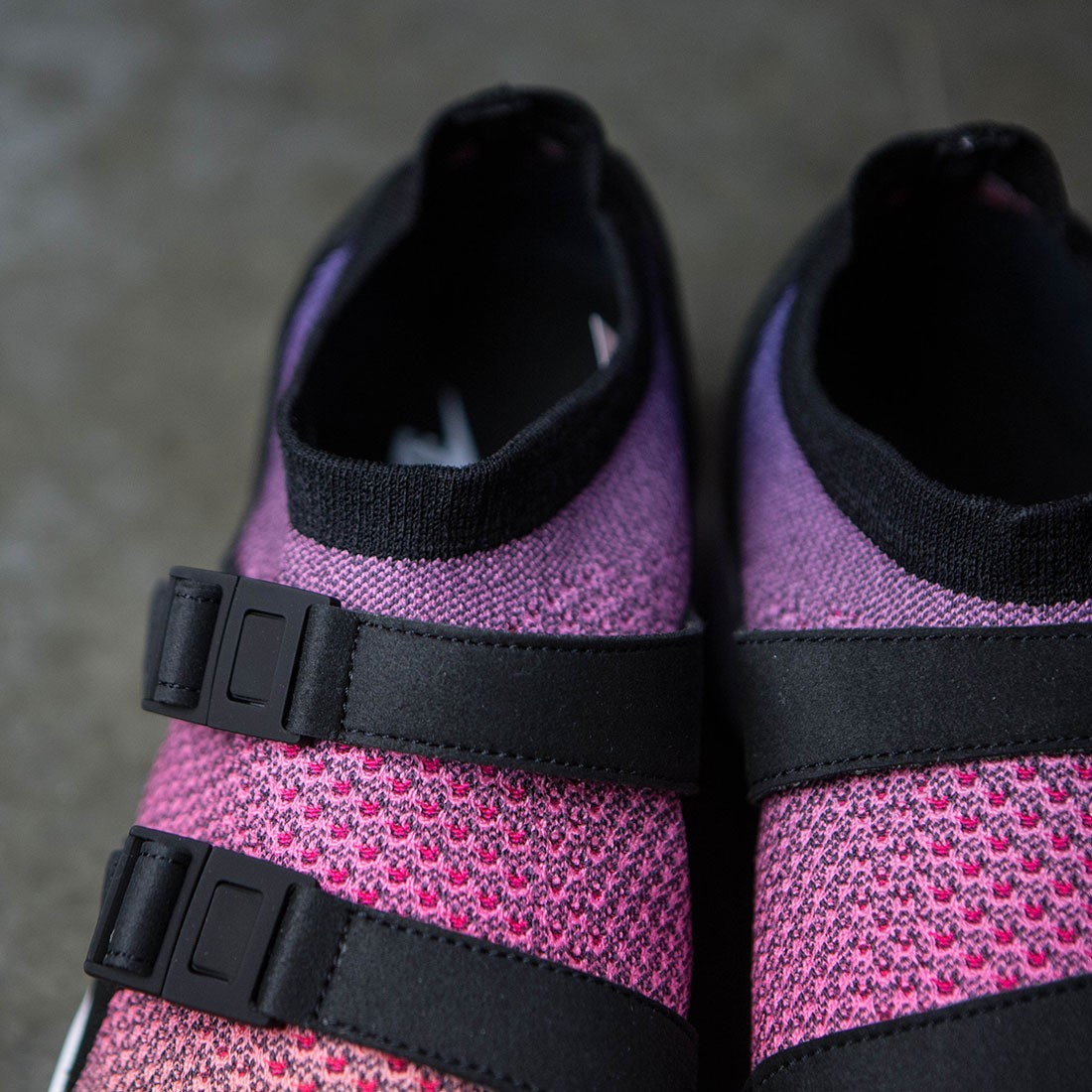 6bbca944c767 Nike Men Air Sock Racer Flyknit Premium (yellow   white-racer pink-black)
