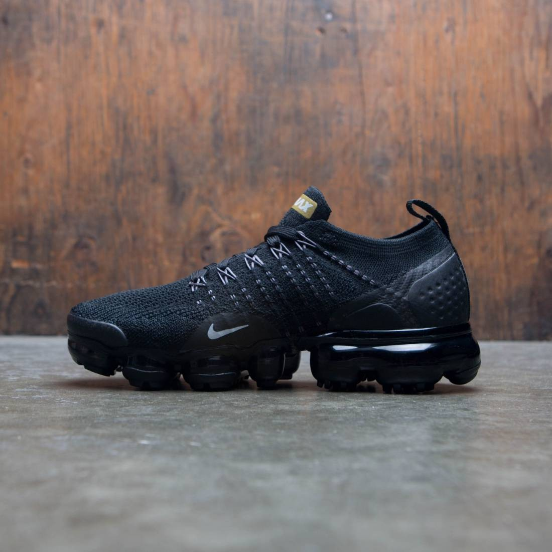 new concept 6a061 3a549 Nike Women Air Vapormax Flyknit 2 (black / metallic gold-mtlc platinum)