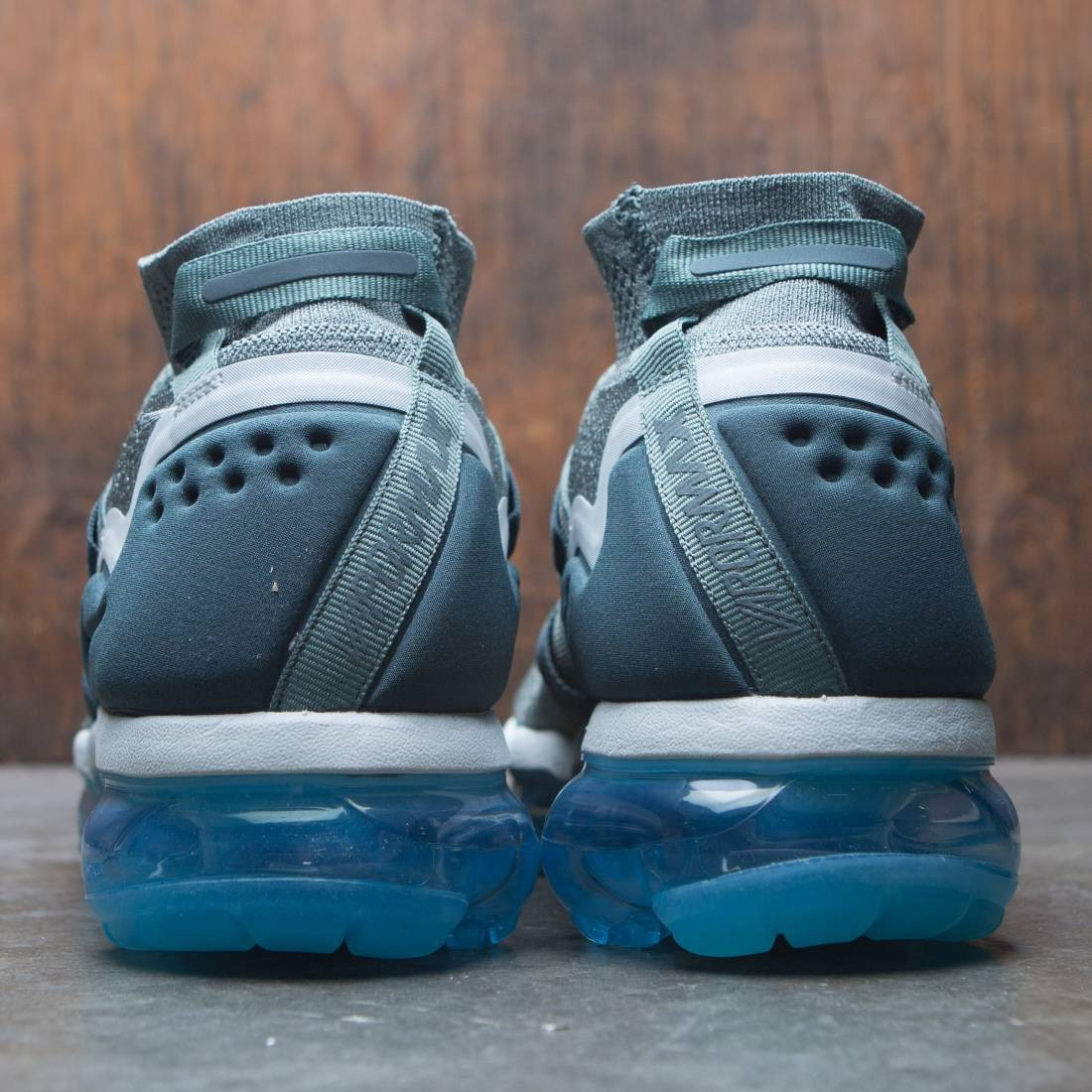 7226bc940c85 Nike Men Air Vapormax Flyknit Utility (clay green   faded spruce-barely grey )