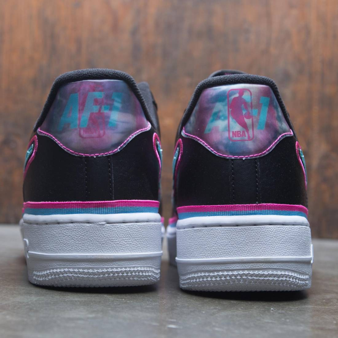 AIR FORCE 1 '07 LV8 SPORT BLACKBLUE GALE LASER FUCHSIA WHITE
