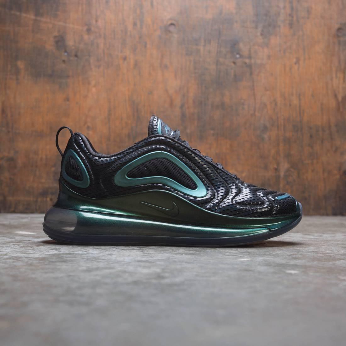 Nike Women Air Max 720 (black black metallic silver)