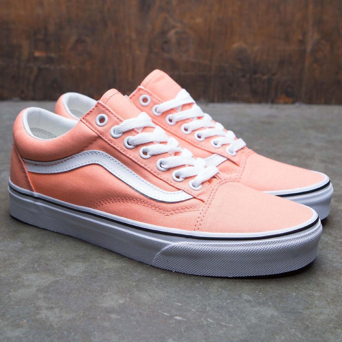 2243827a20 Vans Men Old Skool (pink   peach)