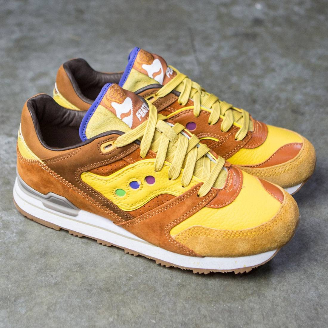 104e61a99748 Saucony x Feature Men Courageous - Belgian Waffle (brown   yellow)