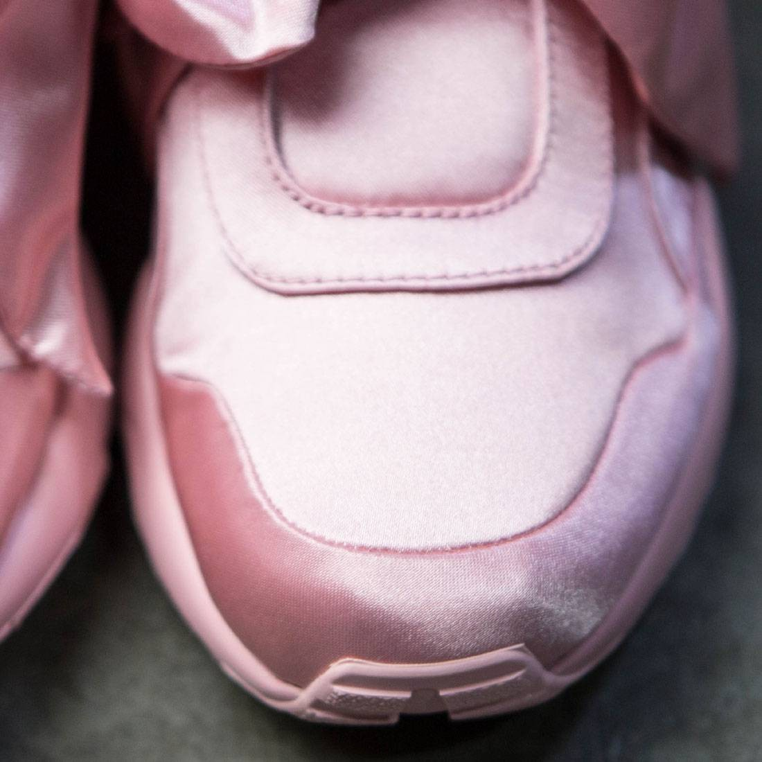0eebcc3d8e79 Puma x Fenty By Rihanna Women Bow Sneaker (pink   silver)