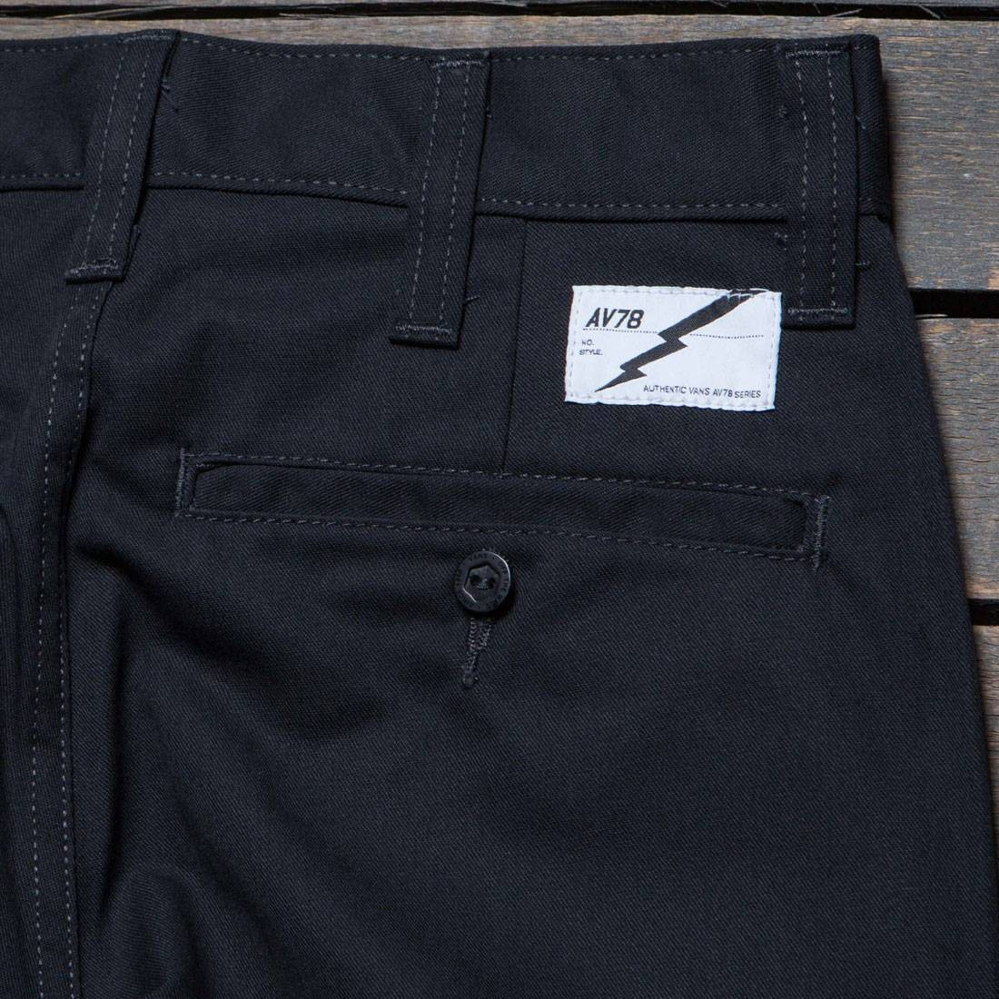 0cc6d6c3b091 Vans Men AV78 Work Pants II (black)