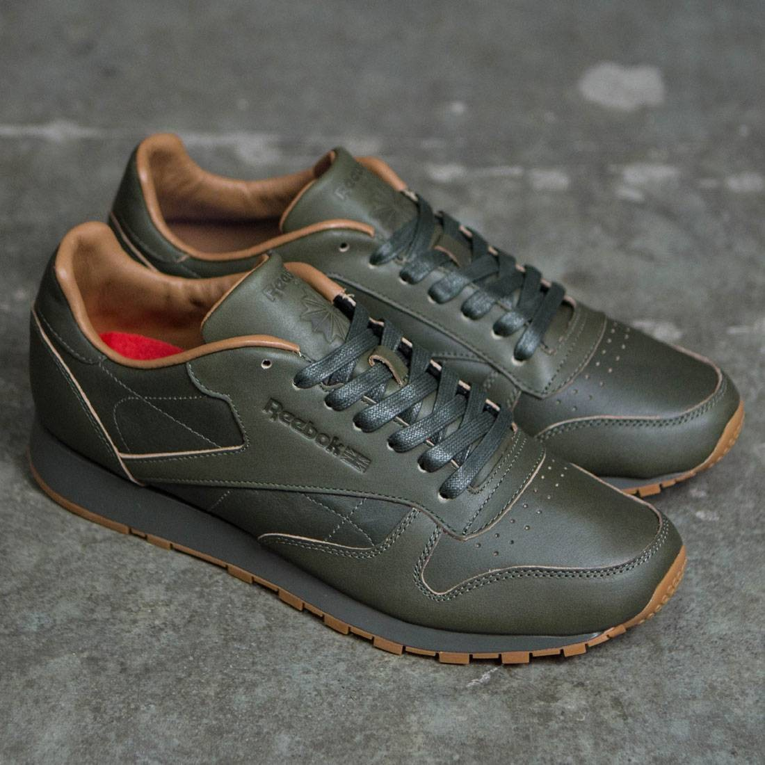 318514272543b Reebok x Kendrick Lamar Men Classic Leather Lux (olive   olive night   gum)