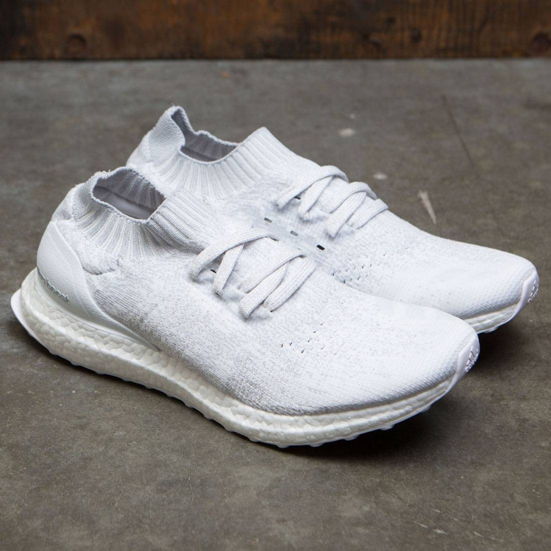 sports shoes 2b345 1f4a4 Adidas Men UltraBOOST Uncaged (white / footwear white / crystal white)