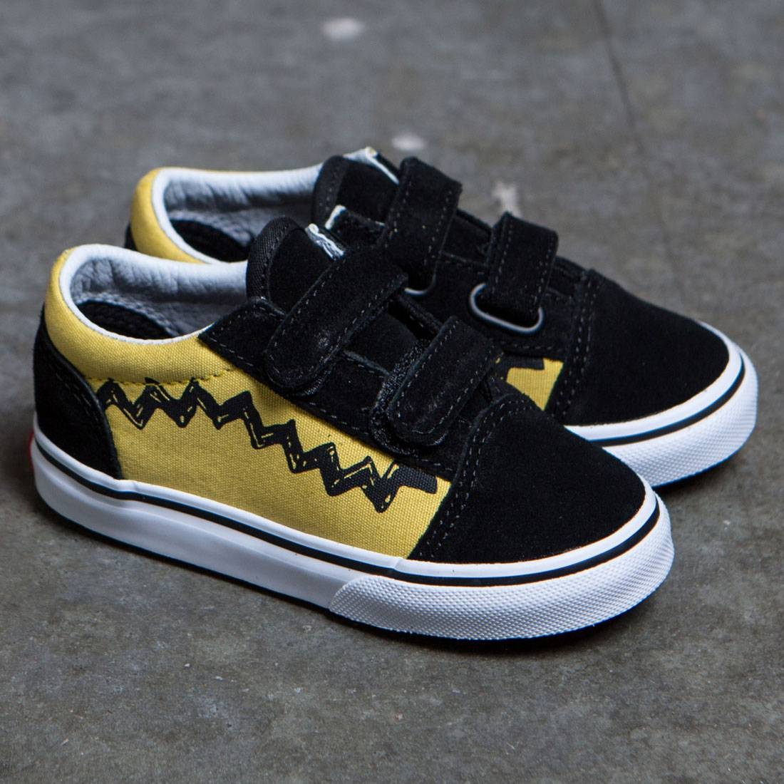 03aed283f4f Vans x Peanuts Toddlers Old Skool V - Charlie Brown (yellow   black)