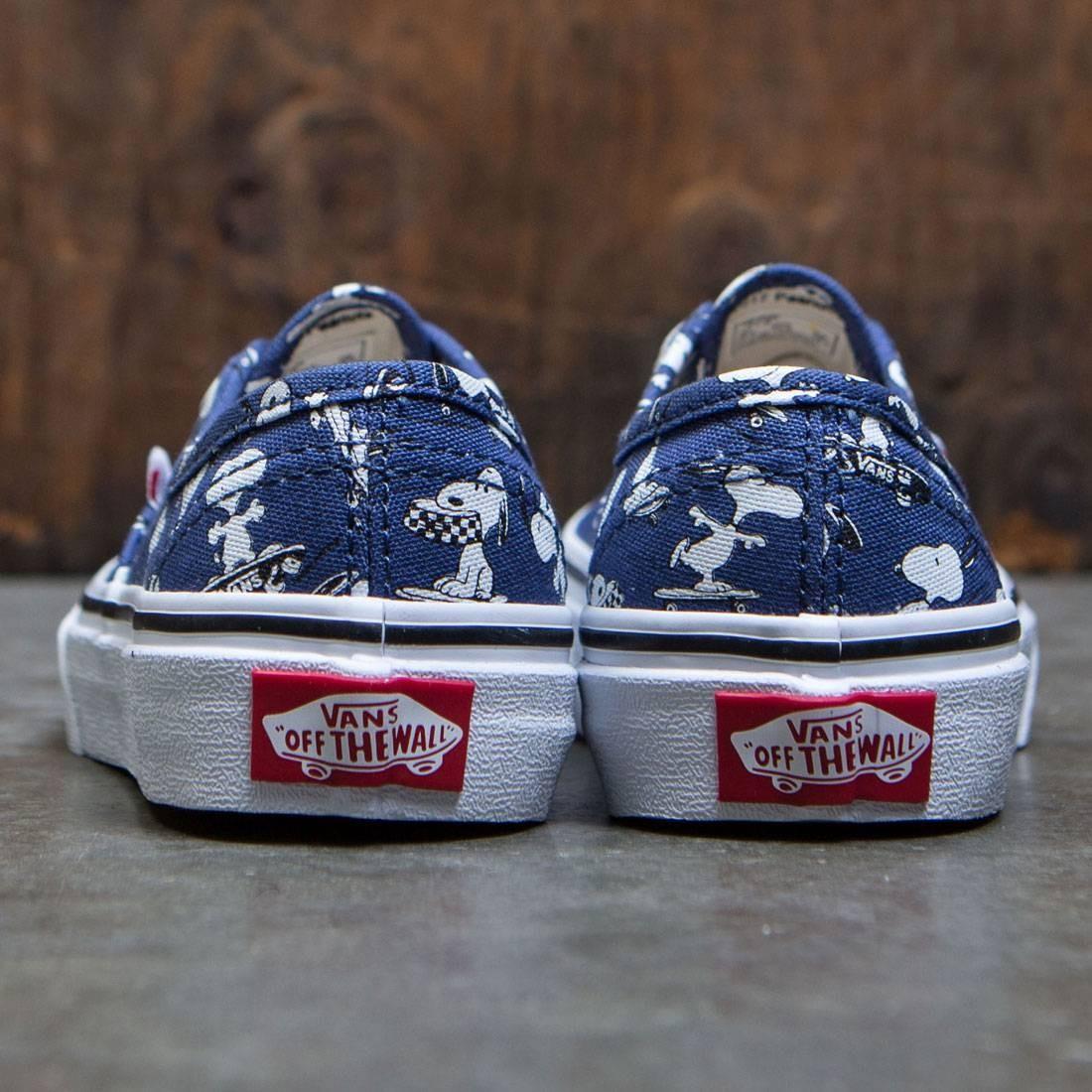 a0a689d8dffc34 Vans x Peanuts Big Kids Authentic - Snoopy Skating (blue)