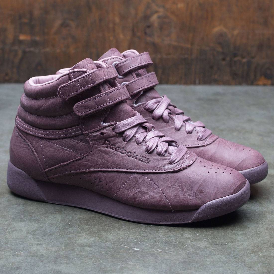 Reebok Women Freestyle Hi FBT (burgundy   smoky orchid) a1db84f63