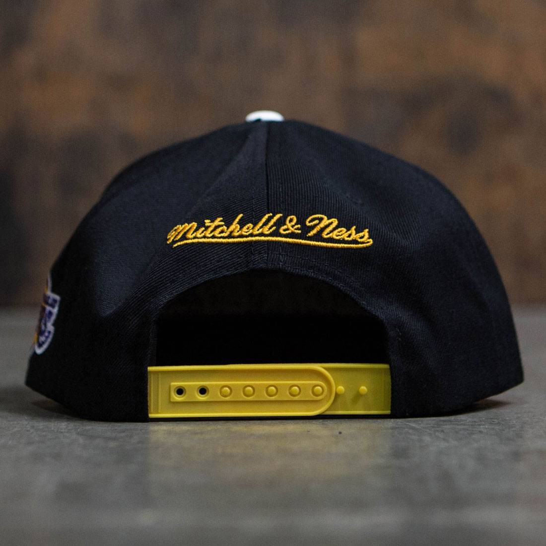 watch 47dfb cb176 BAIT x NBA x Mitchell And Ness Los Angeles Lakers STA3 Wool Snapback Cap ( black)