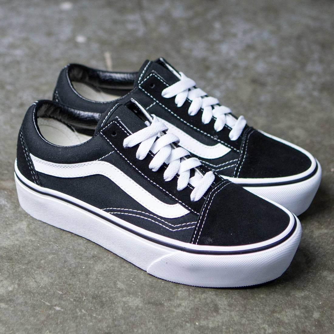 Vans Women Old Skool Platform (black   white) f8f4ef6b06