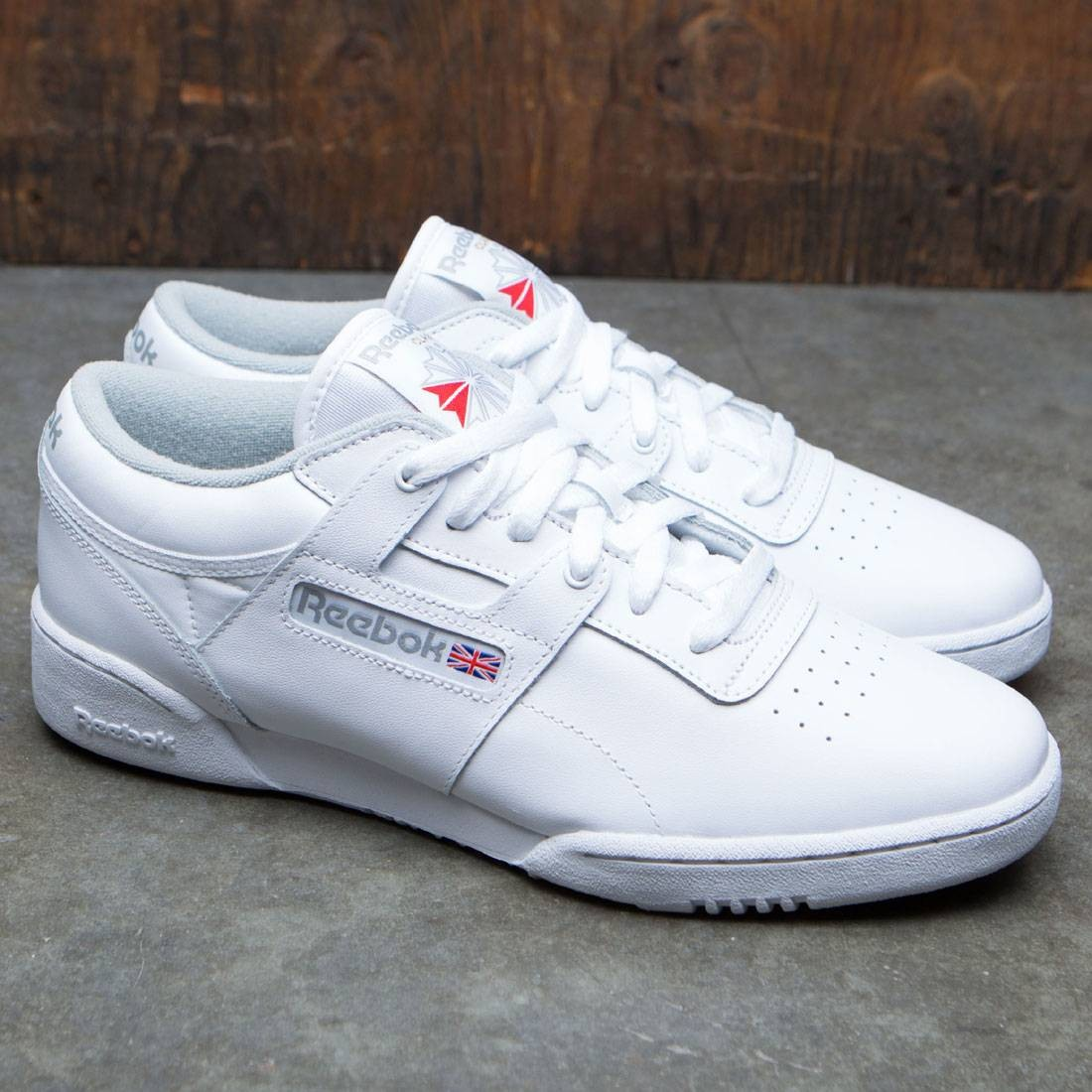 d99a9c2baf7aef Reebok Men Workout Low (white / grey)
