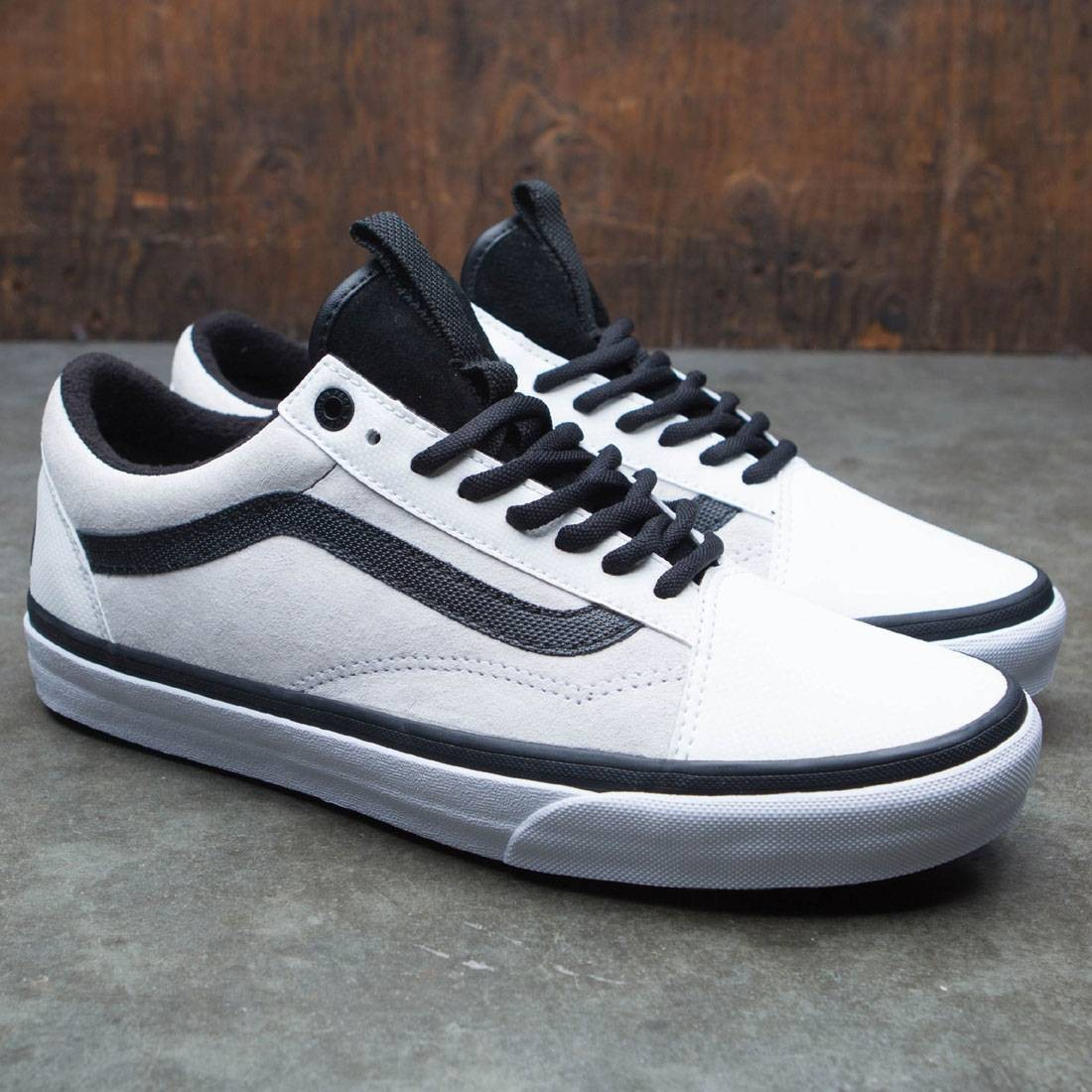 febbb3ada1e4bb Vans x The North Face Men Old Skool MTE DX - MTE (white   black)