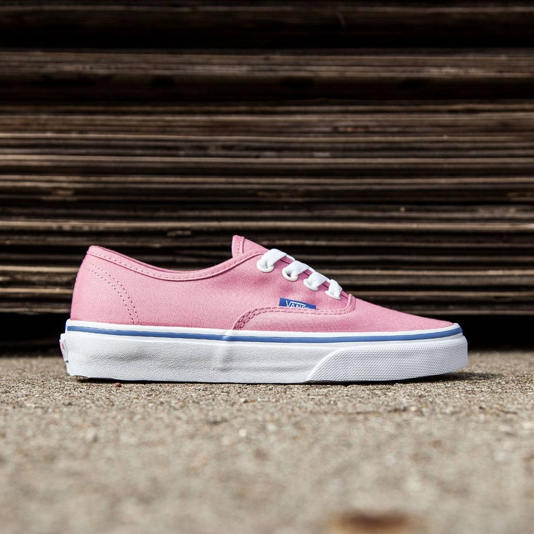 5bf865db753d Vans Women Authentic - Iridescent Eyelets pink wild rose