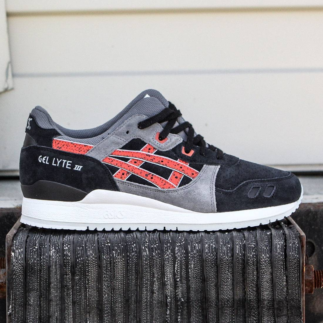 quite nice 02f4a 6f349 Asics Tiger Men Gel-Lyte III (black / chili)