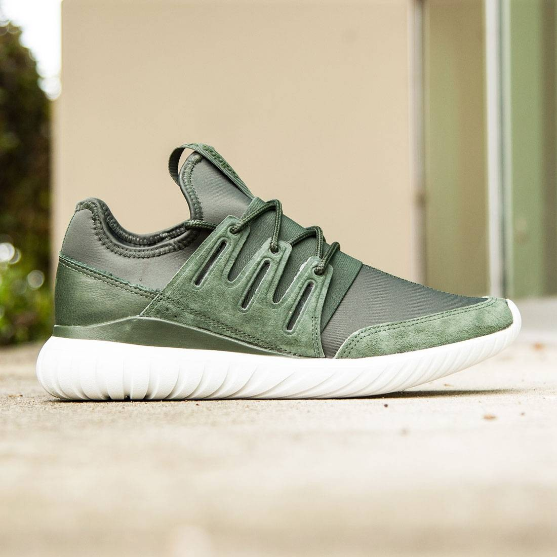 aa3665e182a Adidas Men Tubular Radial olive shadow green crystal white