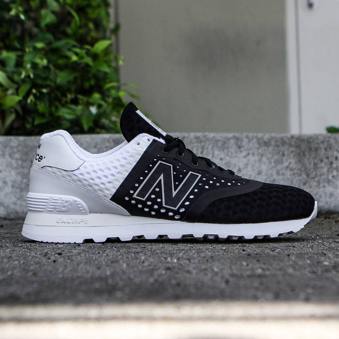 New Balance Men 574 Re engineered Breathe MTL574MB (black white)