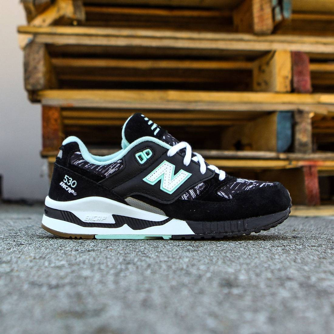 best service 49622 c1af2 New Balance Women 530 Summer Utility W530SUA (black / white / seafoam)