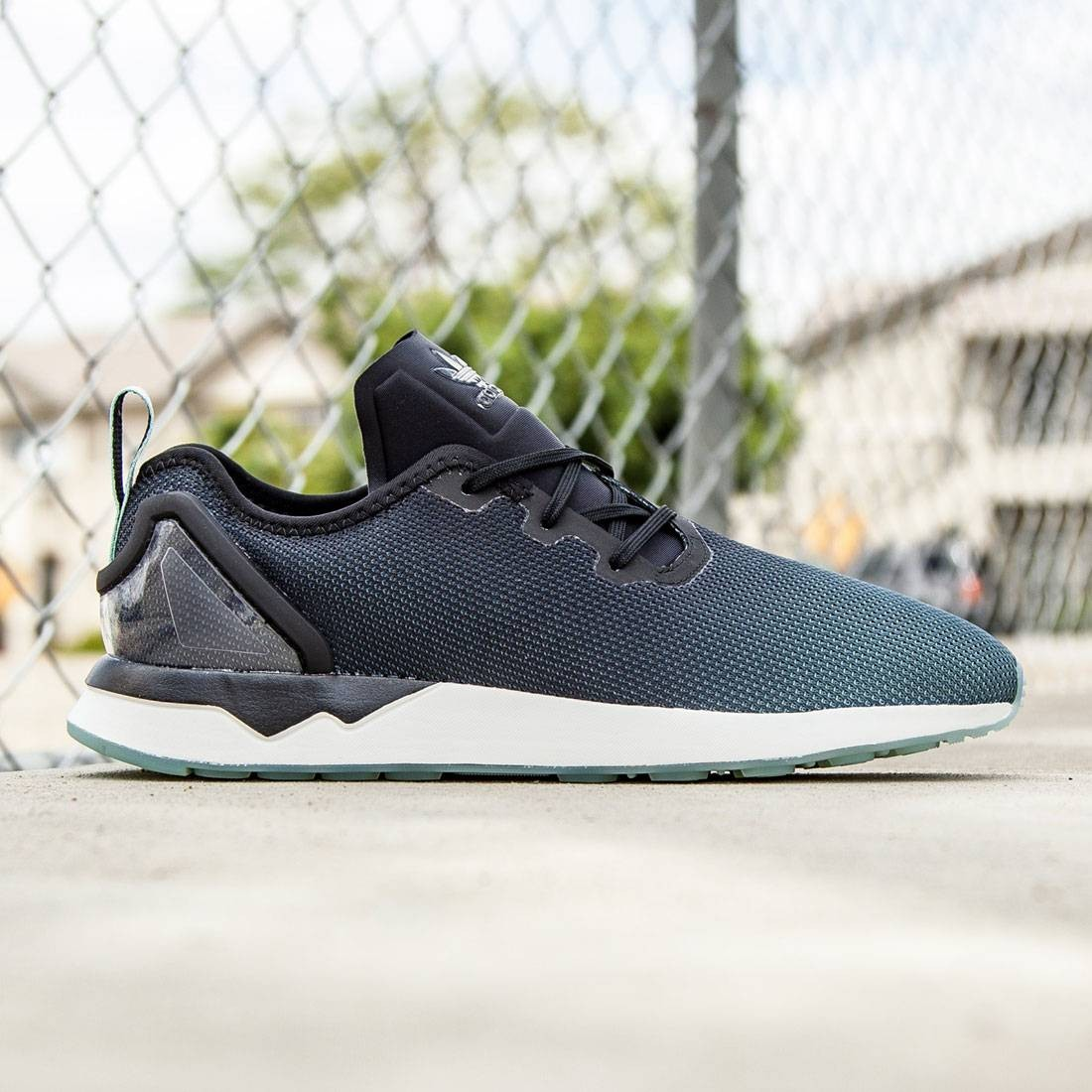 Adidas Men ZX Flux ADV Asymmetrical (black / core black / blue glow)
