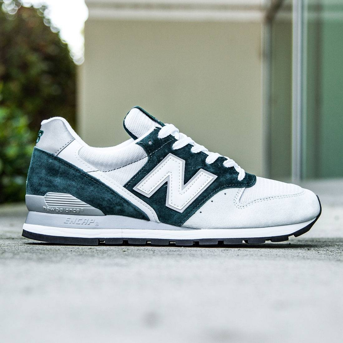 best loved 114db 7064a New Balance Men 996 Explore by Air M996CEPA - Made In USA (green / light  grey)