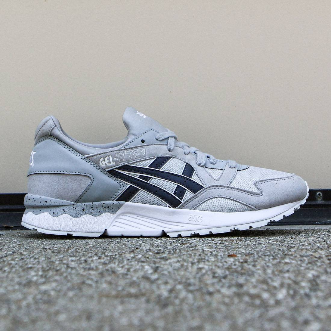 hot sale online 8942d 6168a Asics Tiger Men Gel-Lyte V light grey india ink