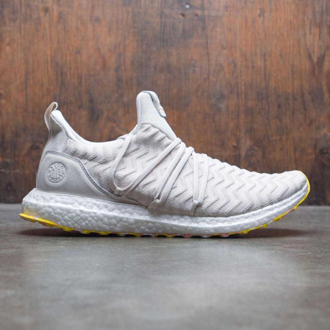 wholesale dealer 3ddaa e0763 Adidas Consortium x A Kind Of Guise Men UltraBOOST AKOG (white / core white  / punjab)