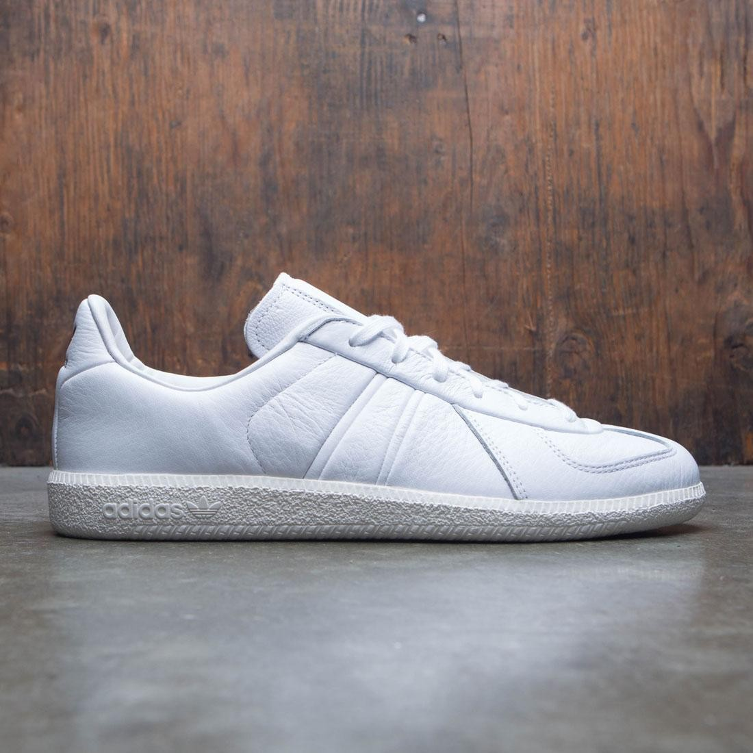 timeless design 3a663 337ca Adidas x Oyster Holdings Men BW Army Oyster (white / off white / core black)