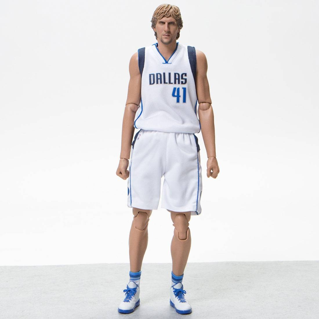 best website c2292 009e0 NBA x Enterbay Dirk Nowitzki 1/6 Scale 12 Inch Figure (white)