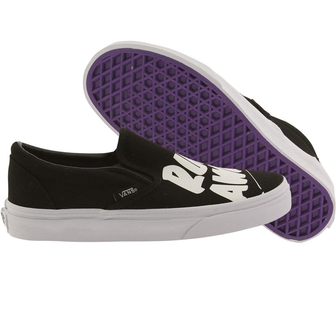 28d3ae5acd Vans Women Classic Slip-On - Baron Von Fancy black white