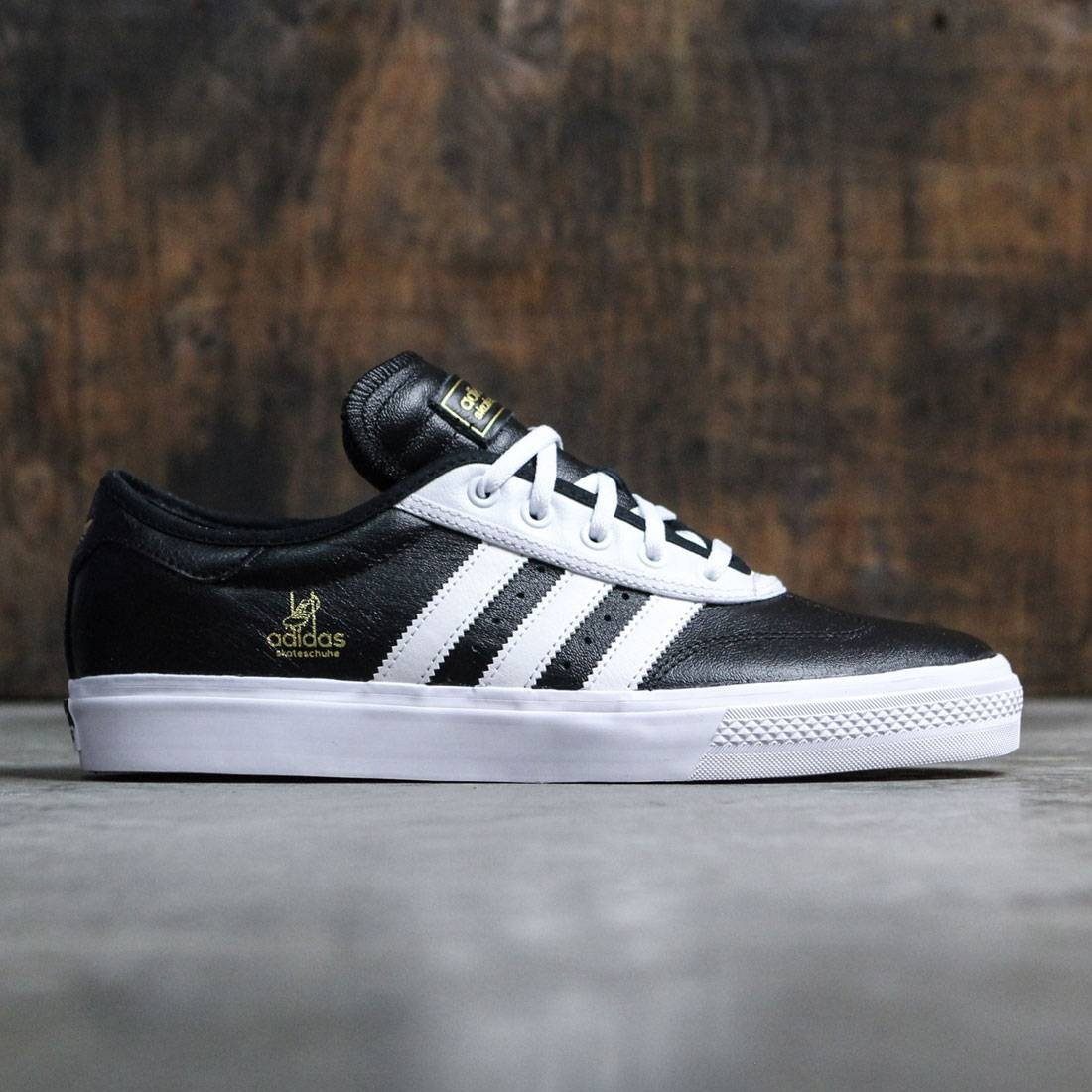 finest selection 6907a ef667 Adidas Men Adi-Ease Universal ADV black footwear white gold