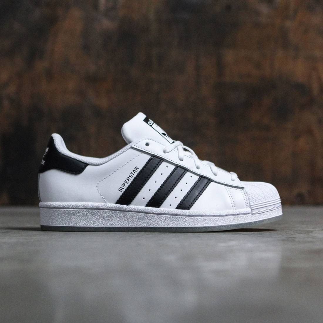 the latest 9c961 9d7be Adidas Big Kids Superstar white core black footwear white