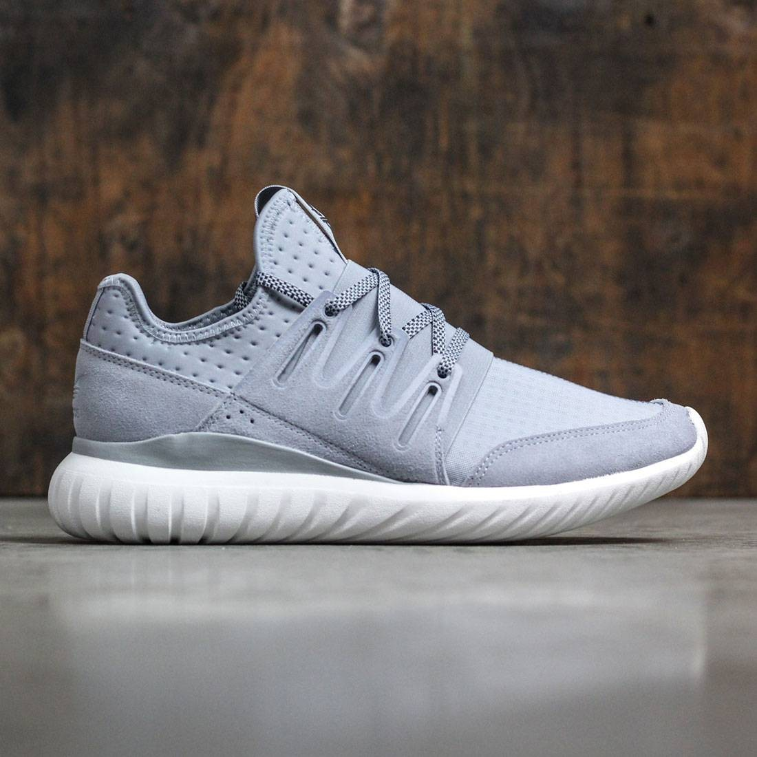 dd3a97c864b7 Adidas Men Tubular Radial gray light grey core black vintage white