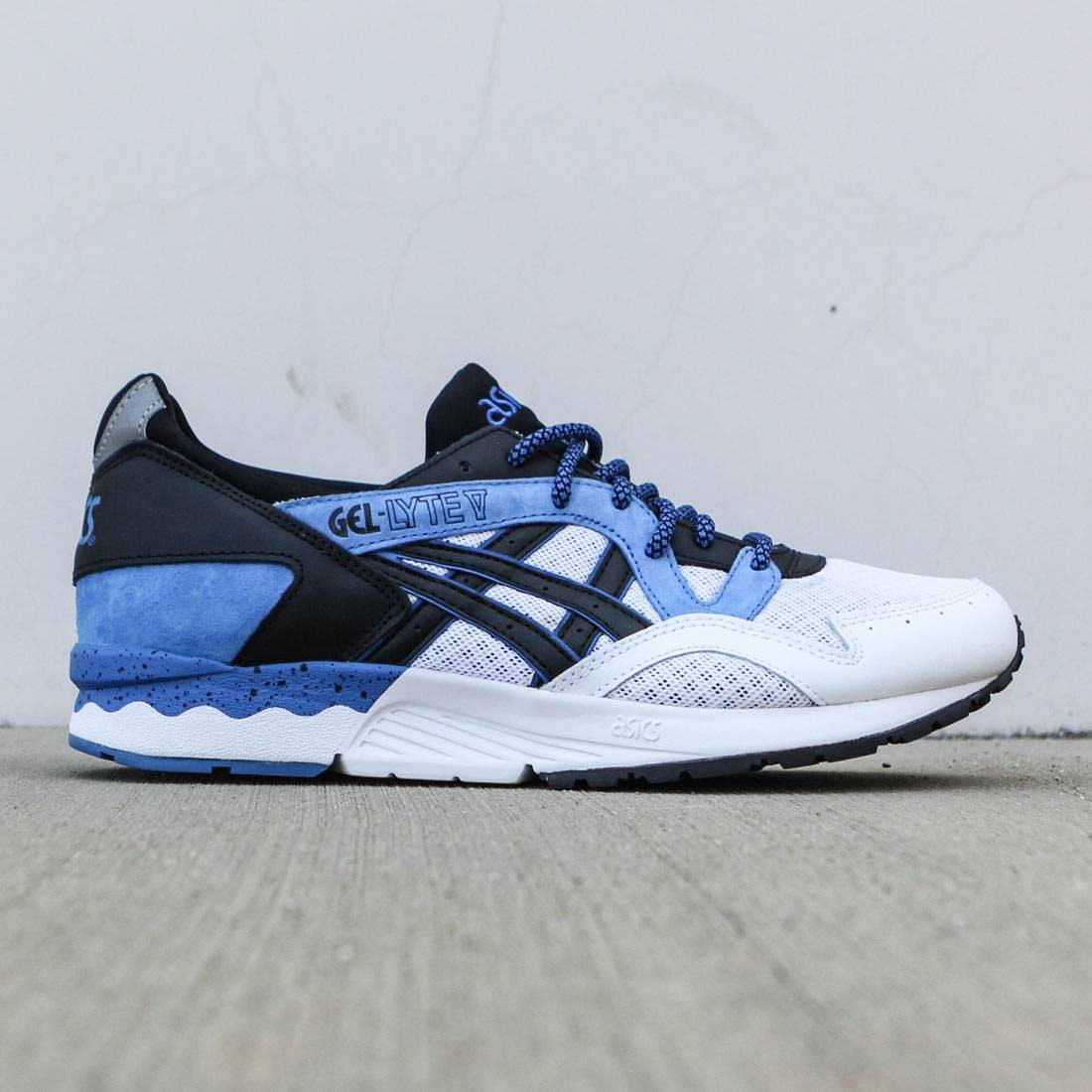 c5310ef8fe36 Asics Tiger Men Gel-Lyte V blue classic blue black