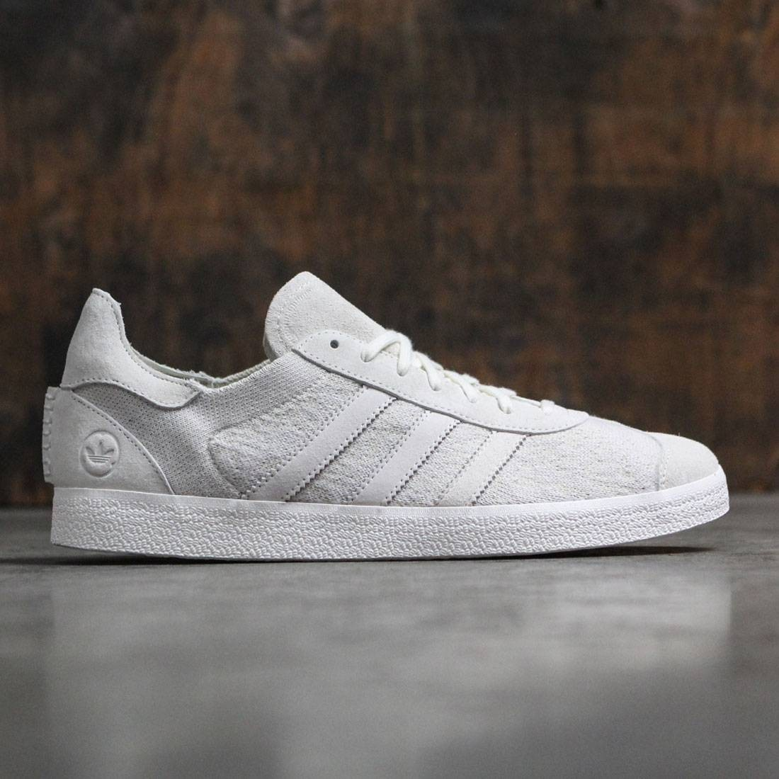 hot sale online 72b83 bd084 Adidas Consortium x Wings And Horns Men Gazelle Primeknit white off white