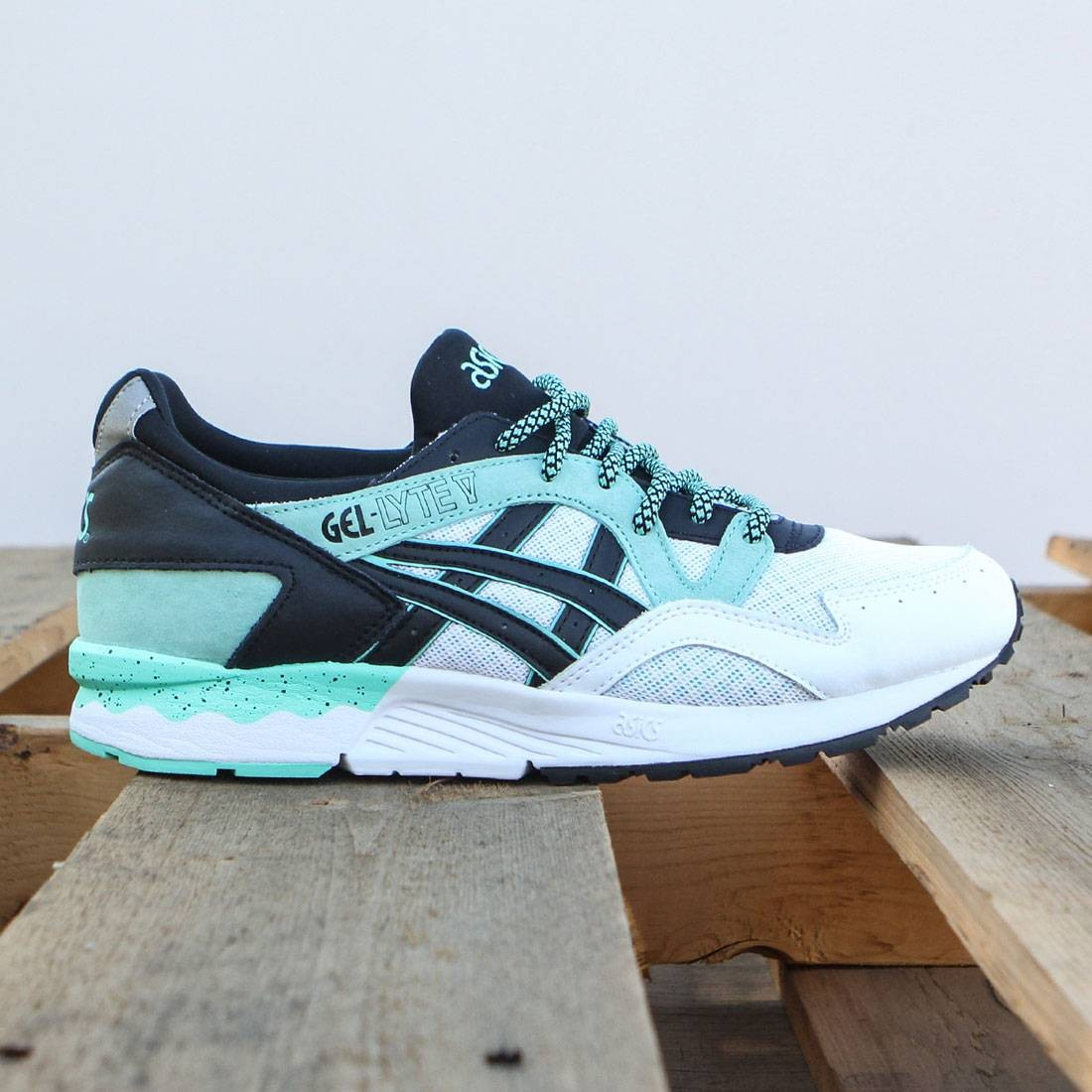 premium selection 6659b 9ba7b Asics Tiger Men Gel-Lyte V teal cockatoo black